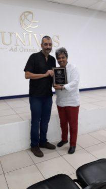 Presentation of plaque to Gustavo Mora - Director of 100Volando Escuela de Cine
