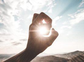 Sun Hand@1x.jpg