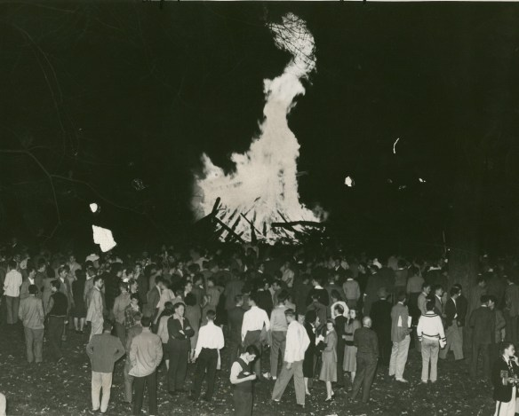 AC126_B37.Bonfire1946