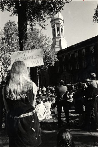 Anti-war protest in front of Nassau Hall