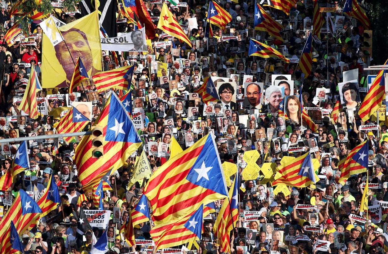 Manifestación por la libertad de los políticos presos catalanes, en Barcelona, en julio de 2018. REUTERS/Albert Gea
