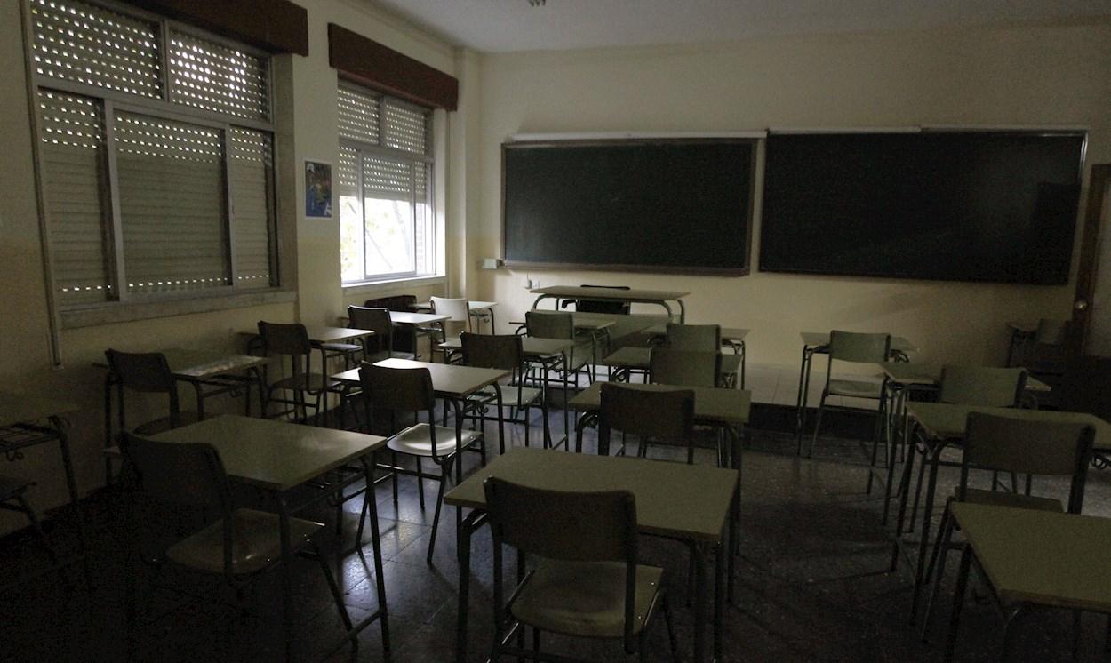 El aula vacía de un colegio. EFE/Juanjo Guillen