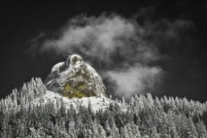 Witt Pilot Rock in deep winter