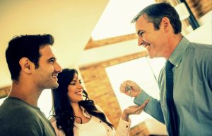 Property agents - solution to issues between landlords and tenants
