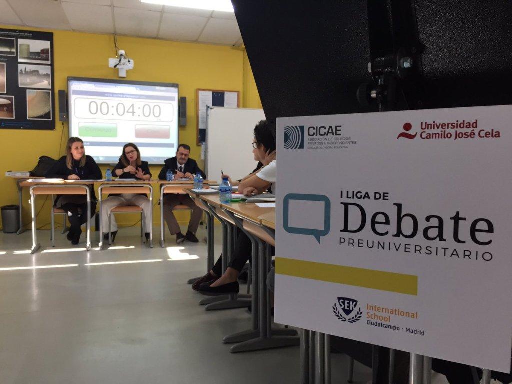 Primera edición de la Liga de Debate
