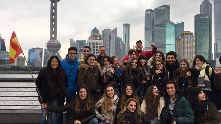 Alumnos del Grado en Comunicación durante la Estancia Académica en Shanghai