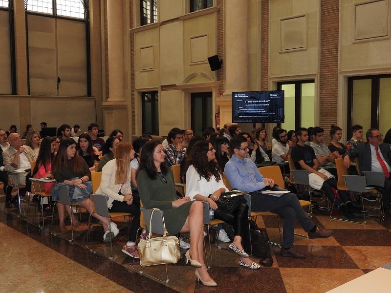 El interés por la cultura llenó el auditorio de la UCJC