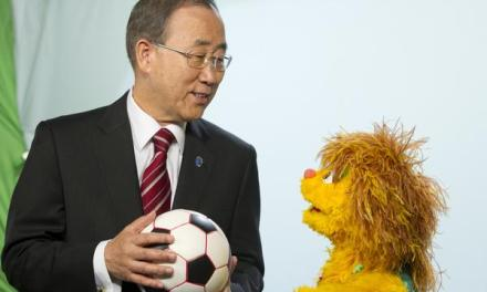 Photos: Secretary-General Ban Ki-moon on Sesame Street