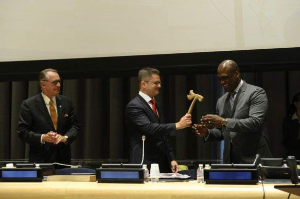 Outgoing General Assembly President of the 67th sessionVuk Jeremic (centre) handed over the gavel to incoming President of the 68th Session John Ashe of Antigua and Barbuda on Monday, 16 September. Deputy Secretary-General Jan Eliasson is at left. UN Photo/Evan Schneider
