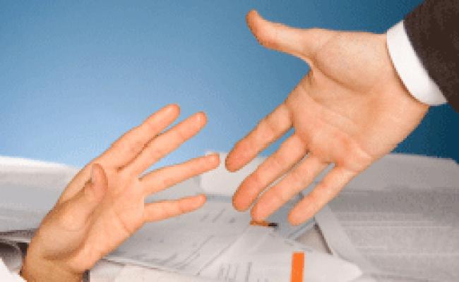 Should You Help Coworkers Vault Blogs Vault