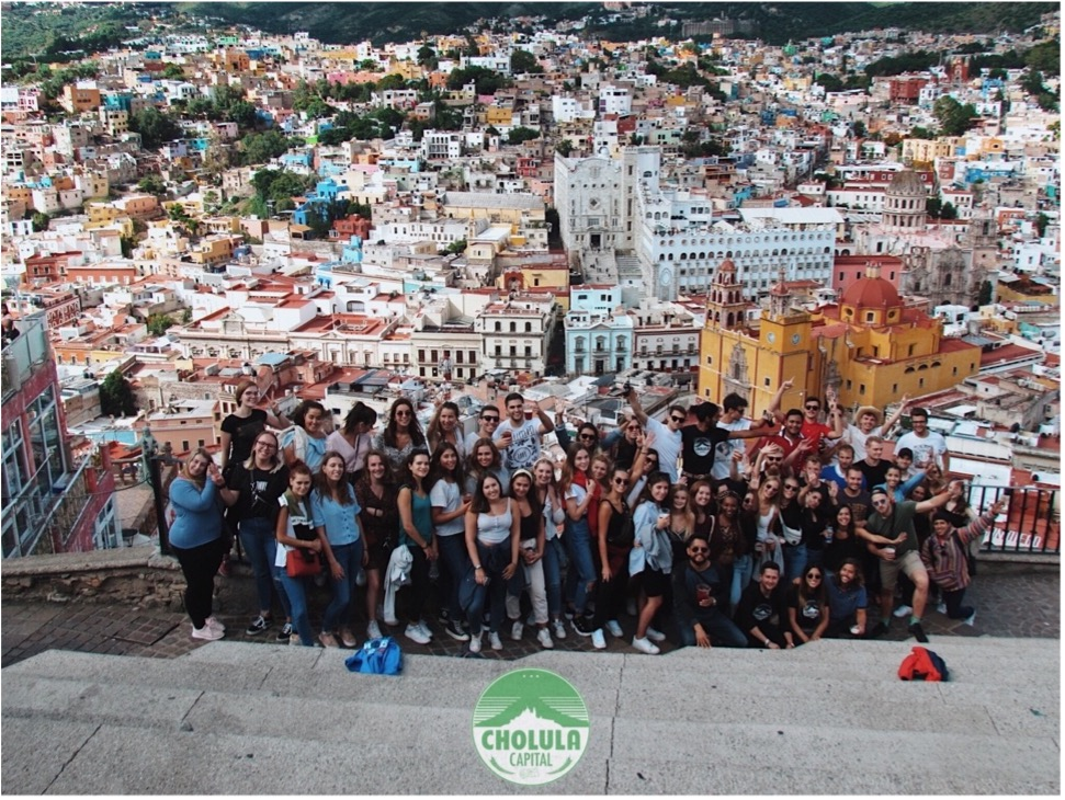 A group of year abroad students exploring central Mexico.