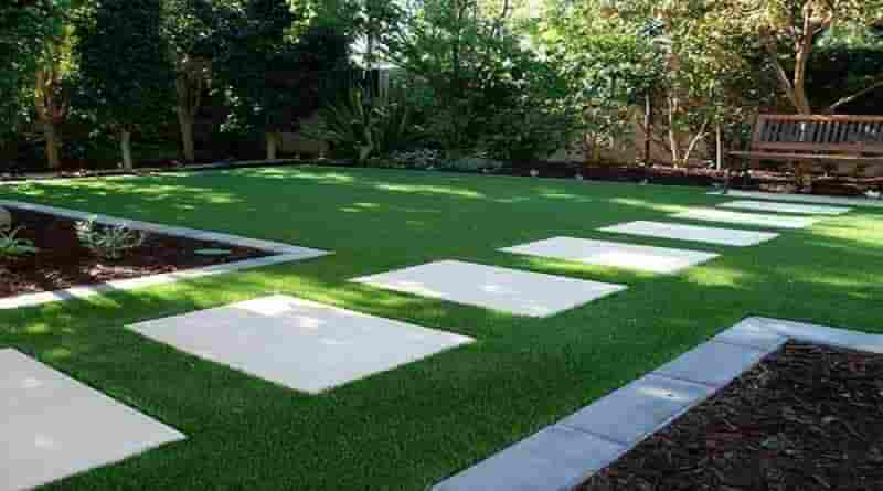 Artificial-grass-garden