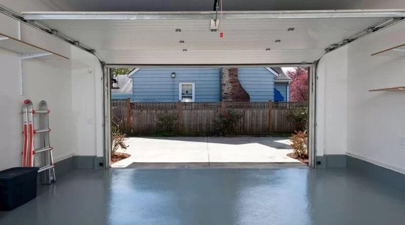 Garage Door Maintenance Tips For Homeowners: Garage Doors In Perth
