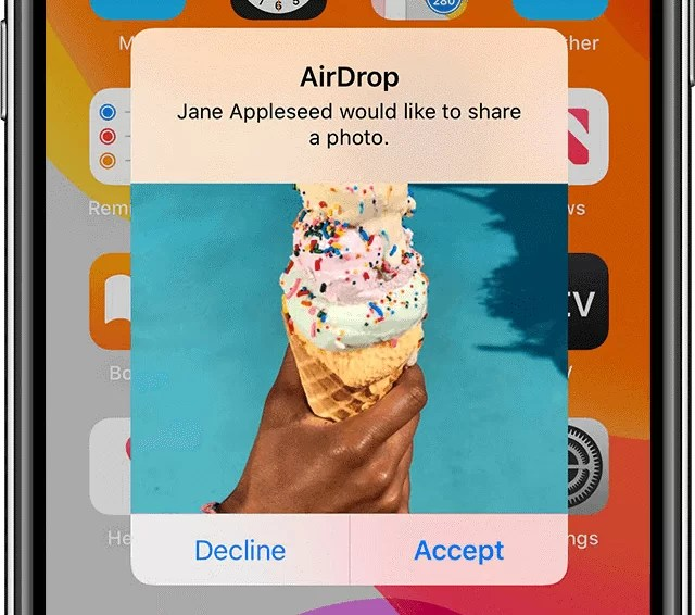 Transfer Photos from Old iPhone to New iPhone via AirDrop