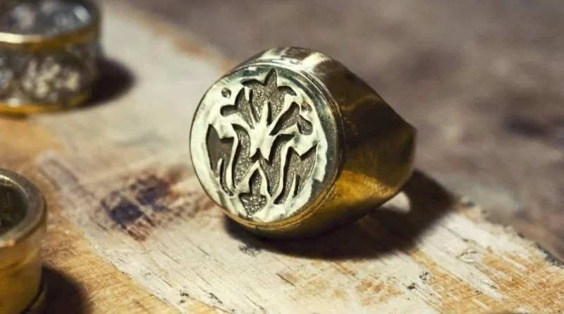 4 Most Commonly Asked Questions About Signet Rings