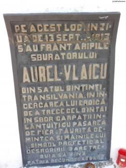 MonumentAurelVlaicu
