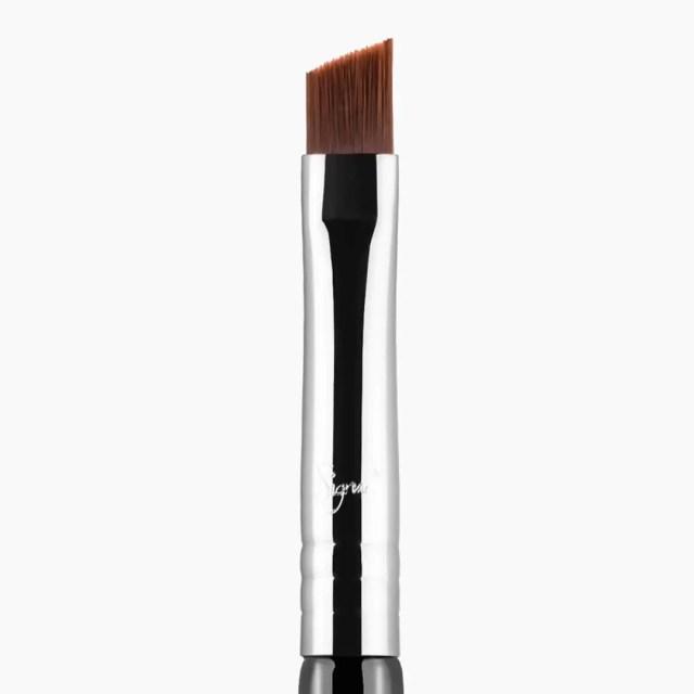 Sigma Small Angle Eye Makeup Brush
