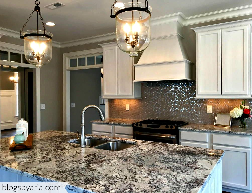 white kitchen granite counters sparkle backsplash pendant lighting