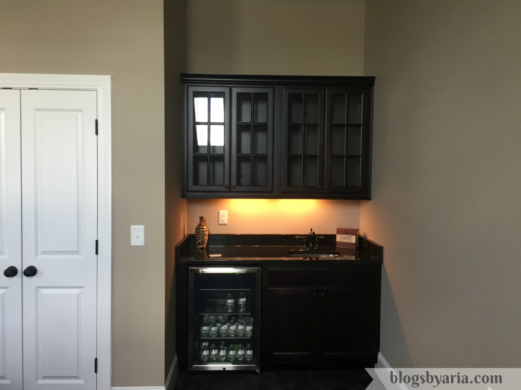wet bar in bonus room