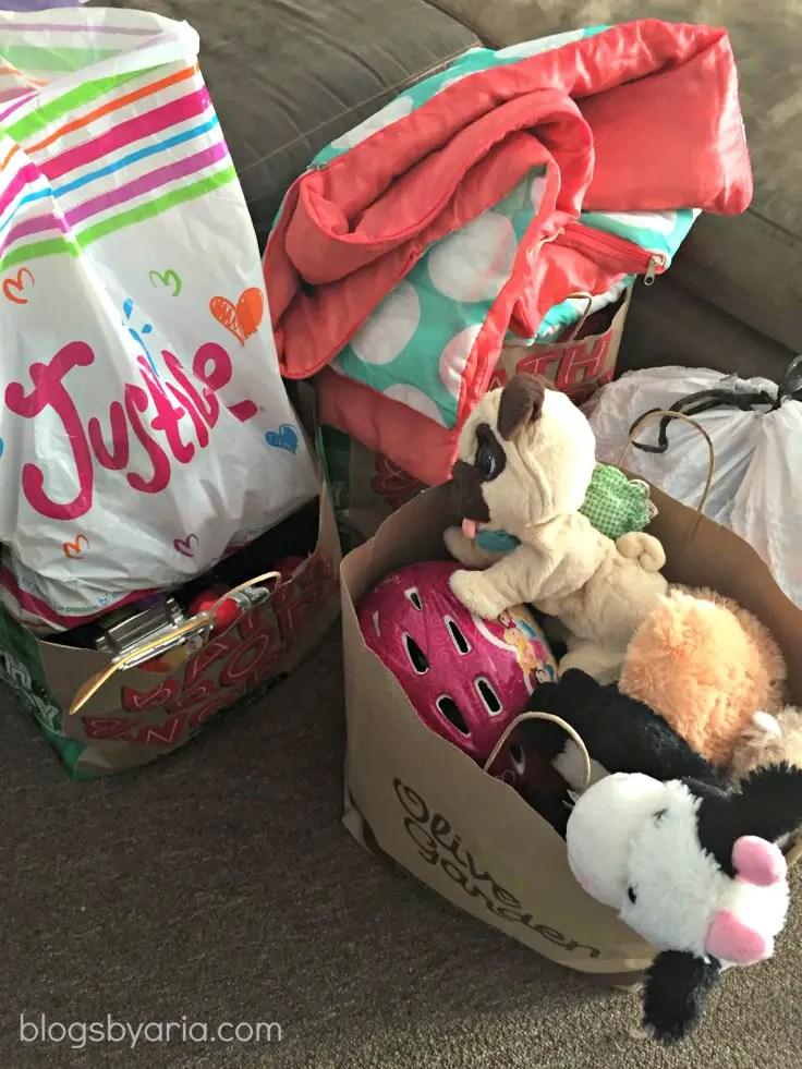 decluttered kids room goodwill bags