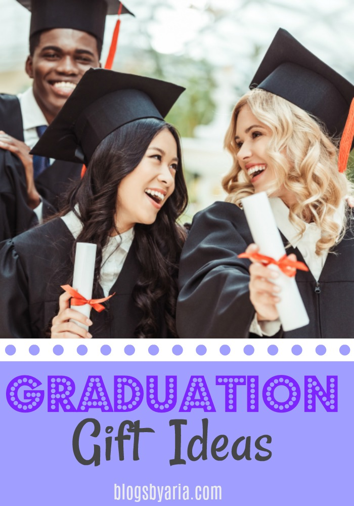 Graduation gift ideas for high school and college graduates! #giftideas #giftguide #graduation #graduationideas #graduationgift