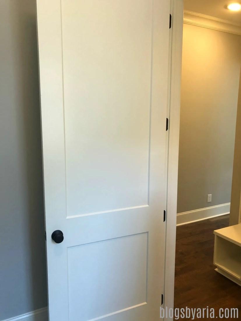 love this style of door