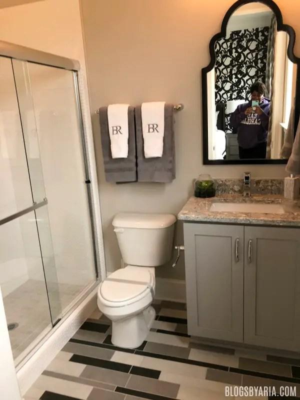 guest bathroom floor detail