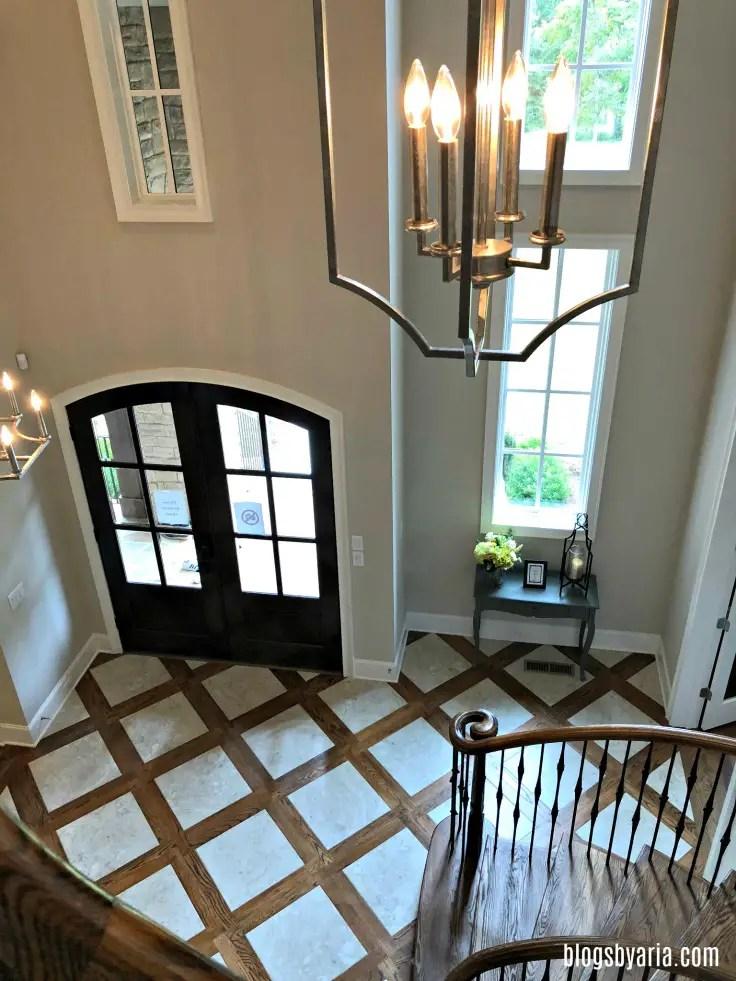 marble and hardwood foyer #interiordesignideas