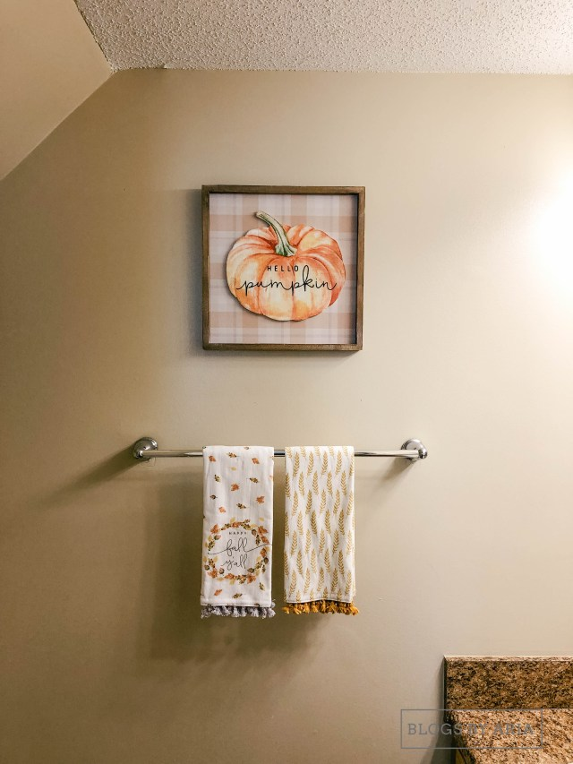 fall in the powder room