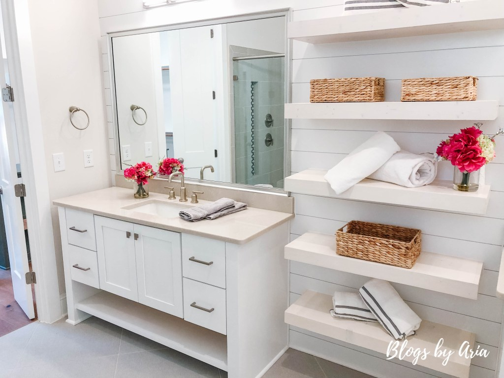 farmhouse bathroom with open shelving