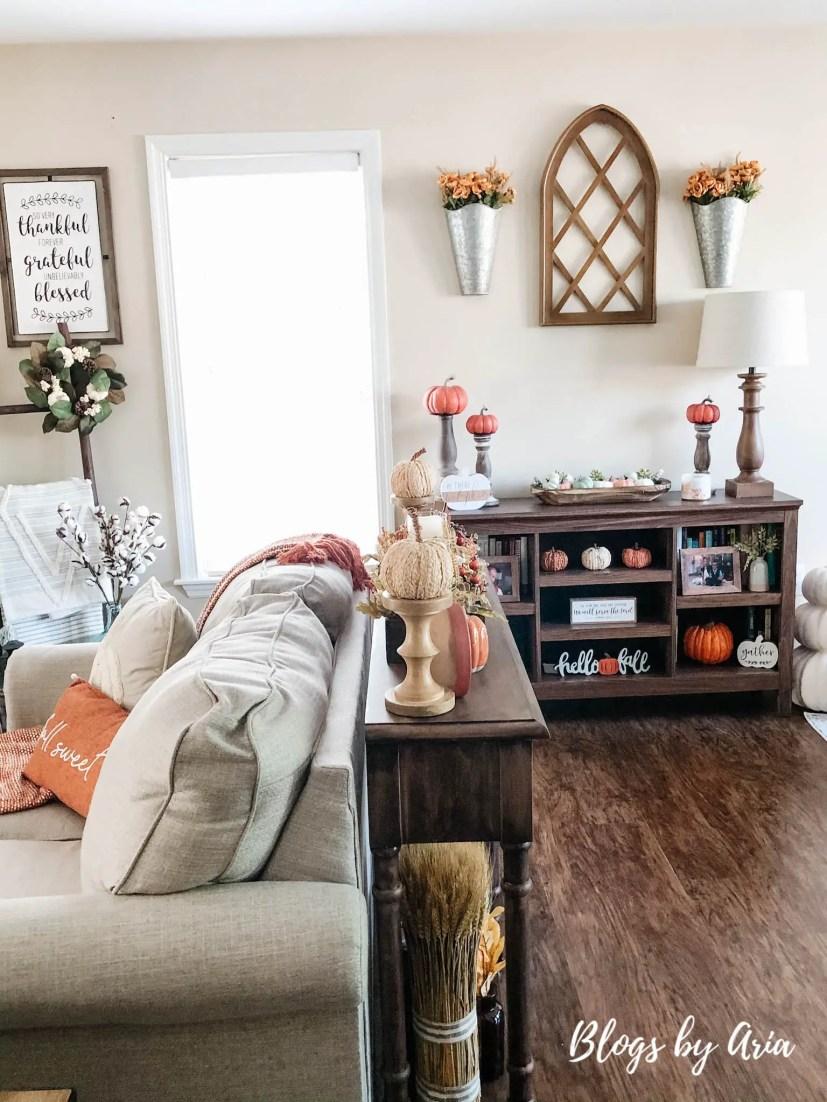 autumn harvest living room