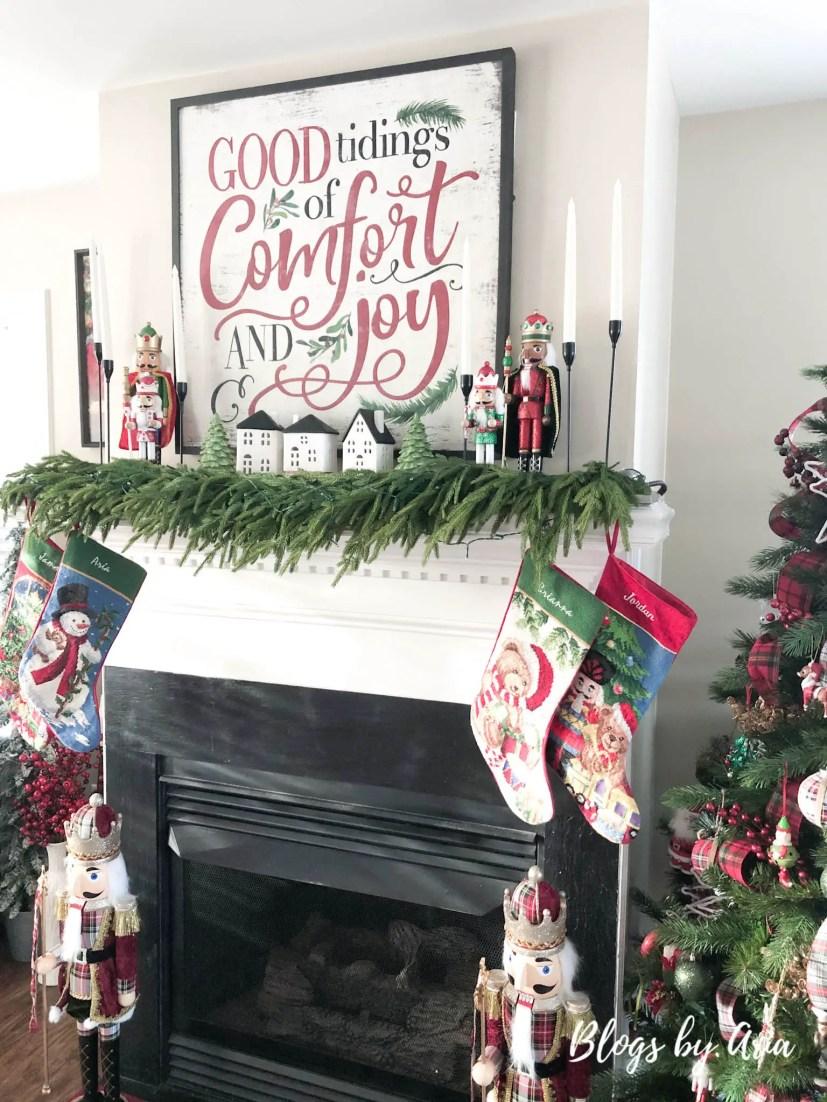 nutcracker Christmas mantel decor