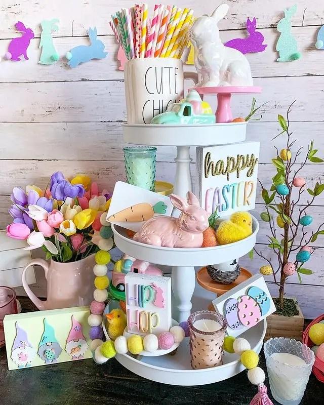 happy Easter tier tray