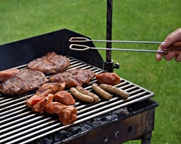 barbecue-3178916_1920
