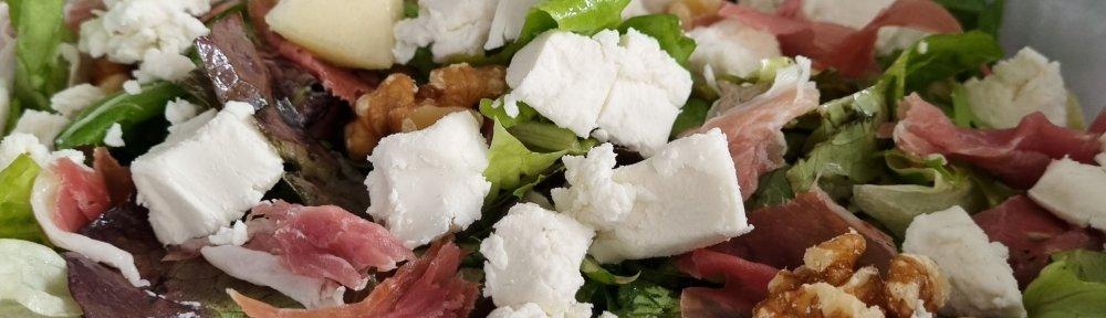 Lekkere salade met vijgen, peer en geitenkaas