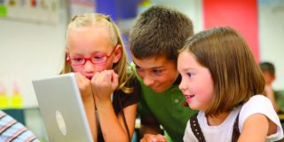 Misinformation and the school curriculum: Five key challenges and how we should promote digital literacy