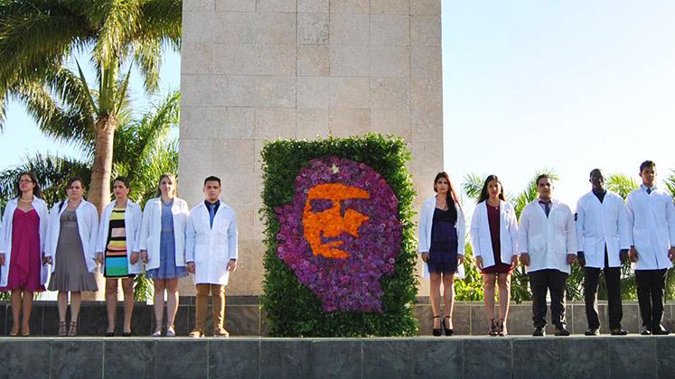 Graduates from Cuba's University of Medical Sciences in the Plaza de la Revolución, Santa Clara