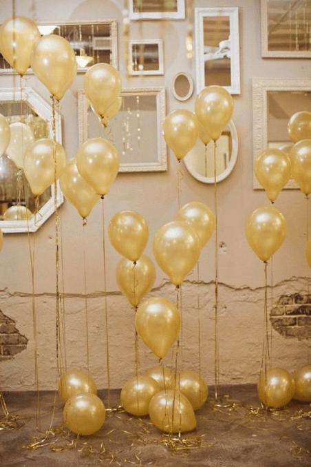 Balões cheios de gás hélio