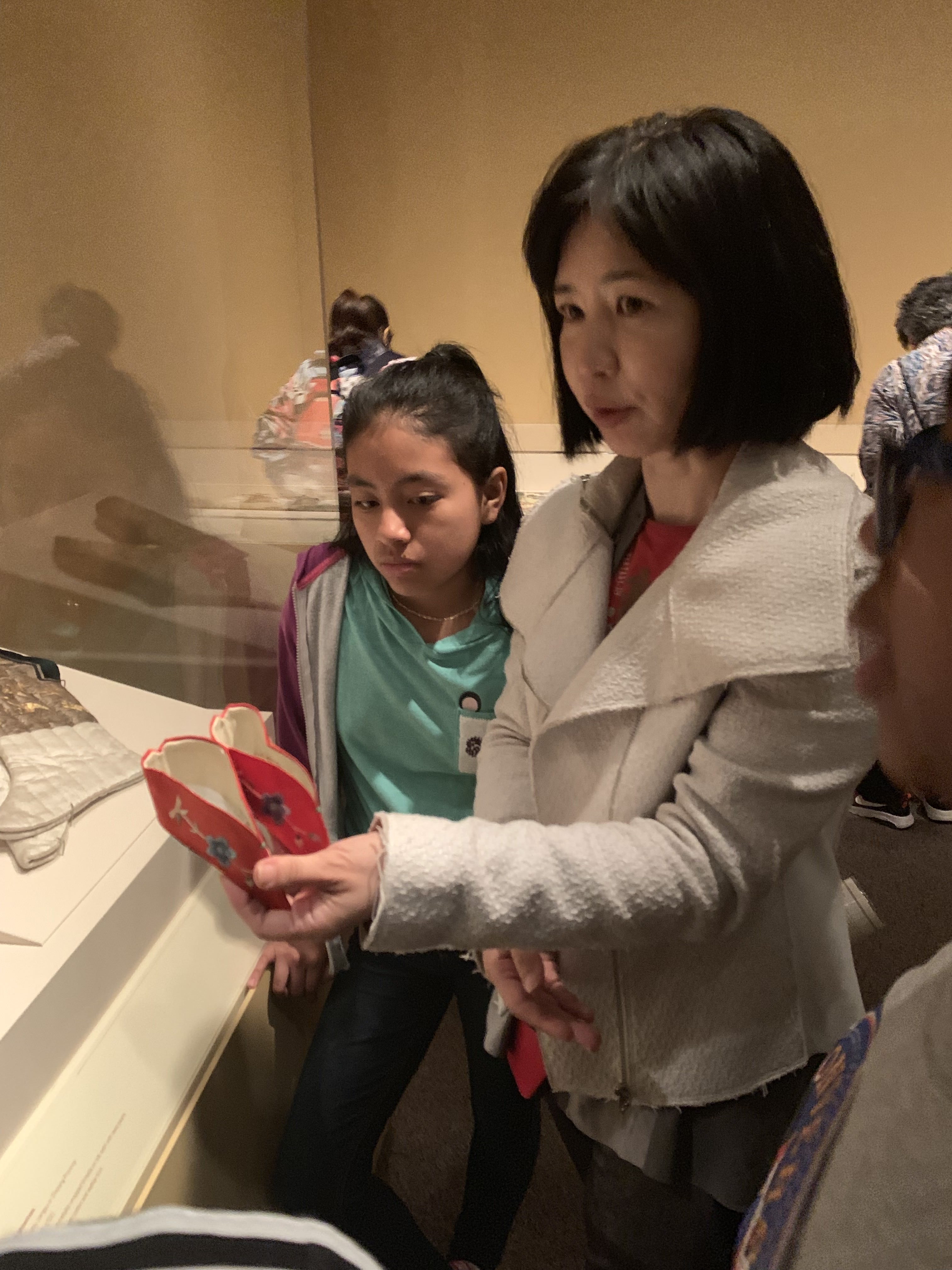 Tncs Middle School Students Go To Town On Chinese Culture