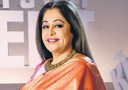 Top 10 Mothers of Bollywood on Mother's Day - Kirron Kher