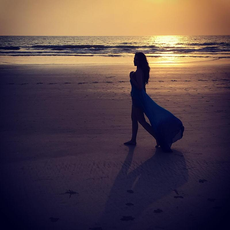 10 Instagram Pictures posted by Parineeti Chopra that you are going to love!- Pari Goa 2