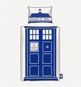 http://www.awin1.com/cread.php?awinmid=1465&awinaffid=139337&clickref=&p=http%3A%2F%2Fwww.truffleshuffle.co.uk%2Fstore%2Fdoctor-who-tardis-single-duvet-cover-set-from-bbc-worldwide-p-13161.html