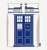 http://www.awin1.com/cread.php?awinmid=1465&awinaffid=139337&clickref=&p=http%3A%2F%2Fwww.truffleshuffle.co.uk%2Fstore%2Fdouble-doctor-who-tardis-duvet-cover-set-from-bbc-worldwide-p-13162.html