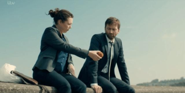 Ellie Miller (Olivia Colman) & Alec Hardy (David Tennant) - Broadchurch S03 E03 ©ITVEllie Miller (Olivia Colman) & Alec Hardy (David Tennant) - Broadchurch S03 E03 ©ITV