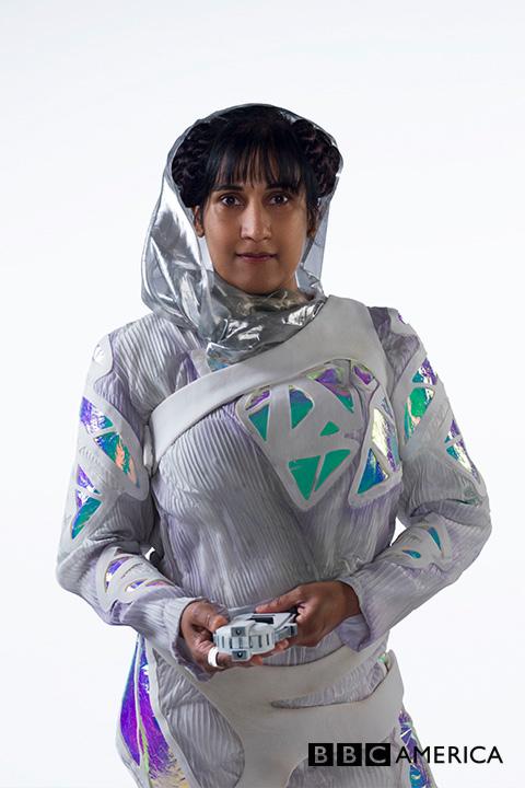 Doctor Who S10 E02 - Smile - Kezzia (KIRAN L. DADLANI) © BBC