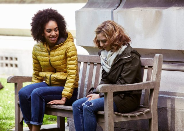 Doctor Who S10 - TX: 15/04/2017 -The Pilot - Picture Shows: Bill (PEARL MACKIE), Heather (STEPHANIE HYAM) - (C) BBC - Photographer: Simon Ridgway