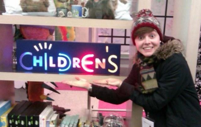 Christel Dee Children's TV Photo via christeldeeofficial on Instagram