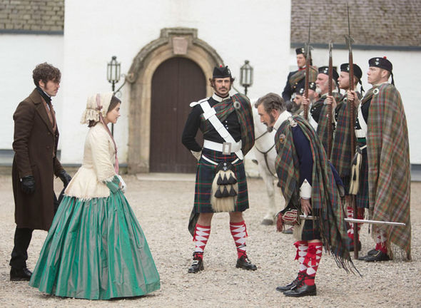 Jenna Coleman and Tom Hardy - Victoria S2E7 - (c) ITV