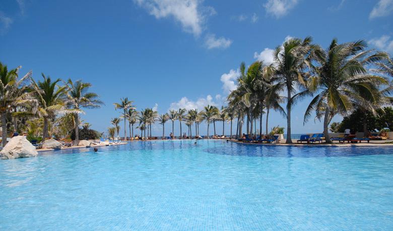 grand-cancun-oasis-2014-11