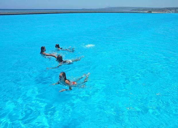 plus-grande-piscine-du-monde-au-chili-23